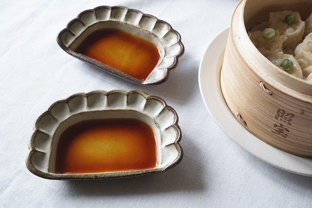 oldwhite 餃子の小皿