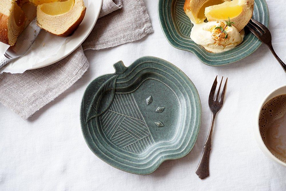 銅緑釉 パッチワークのりんご皿