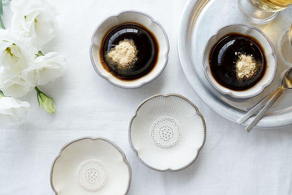 白内化粧 アネモネ小鉢