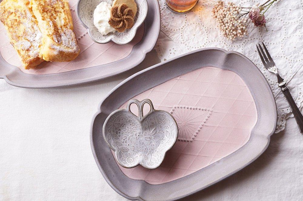 蝶々のブローチ皿とフローラルプレートのセット