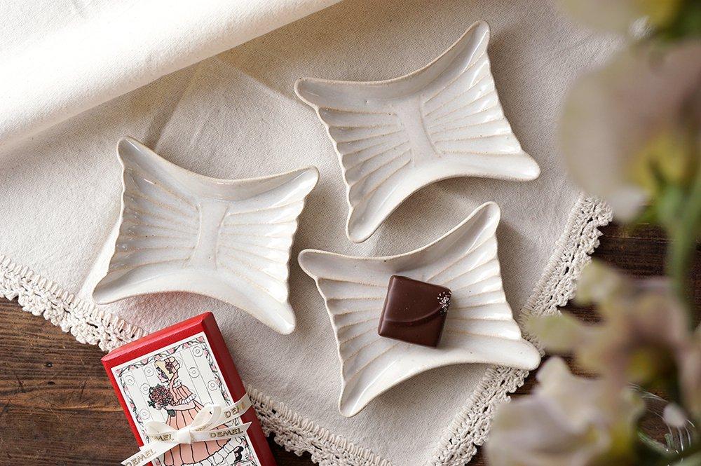 月白 蝶々の豆皿