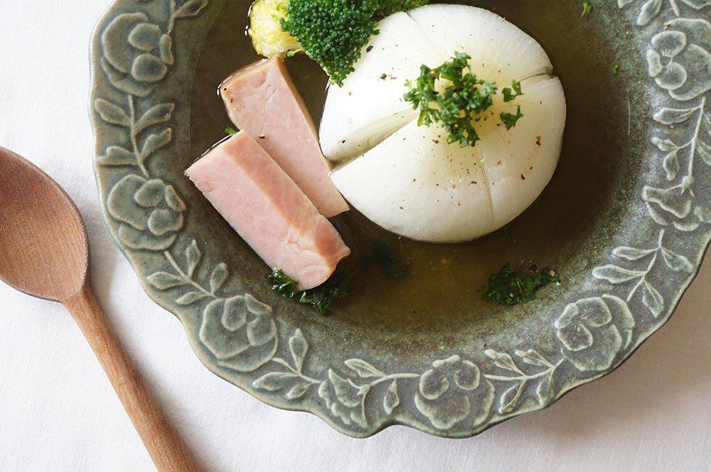 銅錆釉 パンジーのスープ皿