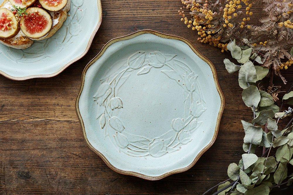 秋色チューリップのお皿 Blue