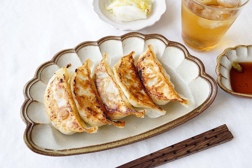 oldwhite ジャンボ餃子のお皿