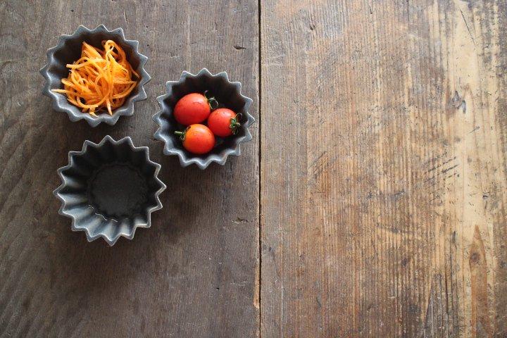 チャコール 花星豆鉢