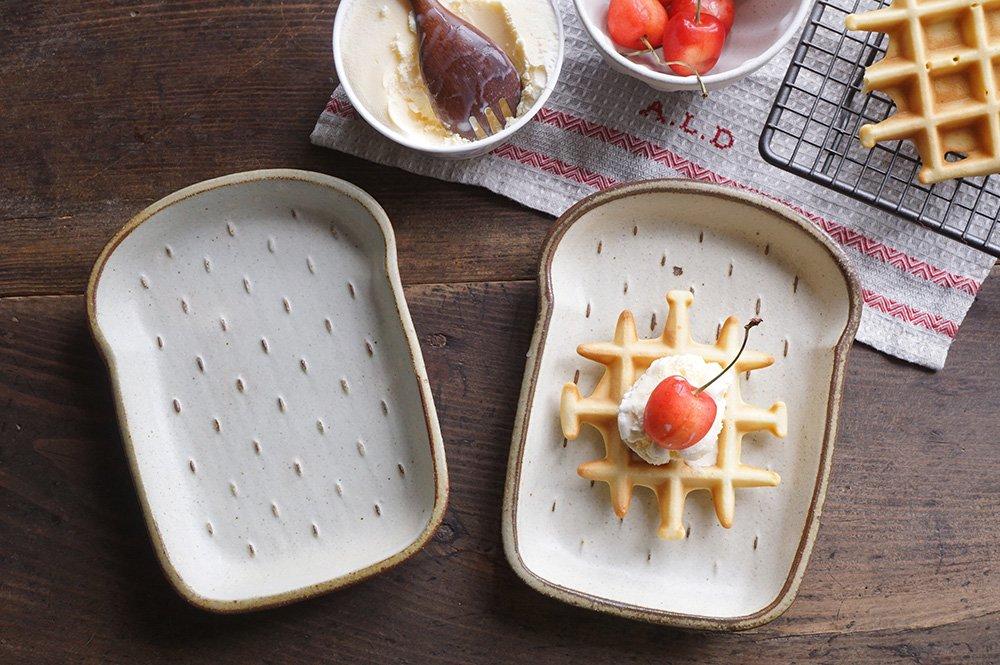 食パン皿 中