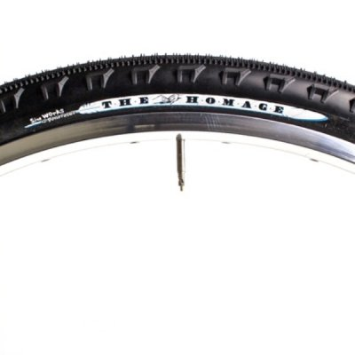 *SimWorks by Panaracer* The Homage Tire / 650x43b (Black x Black)