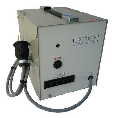 【受注生産品】【変圧器】【日本国内用】 日章工業 アップトランス 定格容量3000W 変換電圧100V→220V/230V/240V NDF-3000UPE