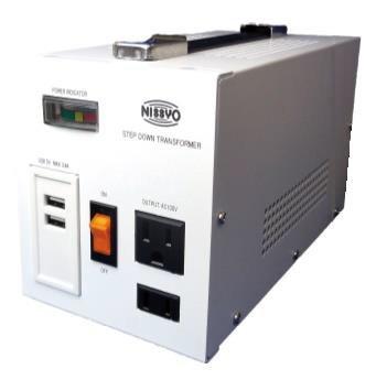<img class='new_mark_img1' src='https://img.shop-pro.jp/img/new/icons1.gif' style='border:none;display:inline;margin:0px;padding:0px;width:auto;' />【変圧器】【海外用】 日章工業 USB付ダウントランス デラックスタイプ 定格容量1600W 対応電圧220〜240V SPX-1600