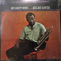 MILES DAVIS / MILESTONES -LP- (USED)
