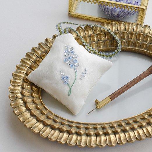 在庫限り キット リュネビル刺繍 ラベンダーの香り袋