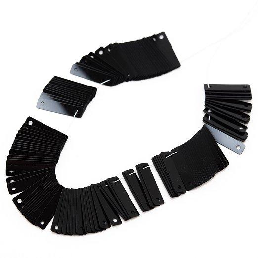 【糸通しスパンコール】3x12mm長方形 ブラック