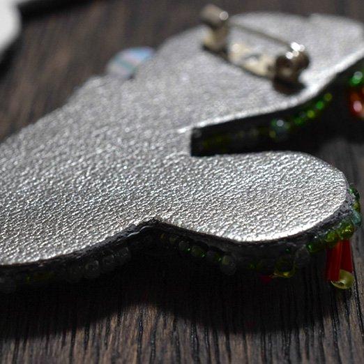 【 刺繍の仕立て用材料セット 】 ブローチ用 【 シルバーグレー 】