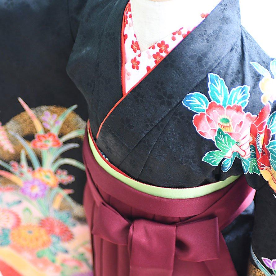 6〜7歳女児袴レンタルセット(7-7-ha_e8)黒/花|エンジ/刺繍・桜