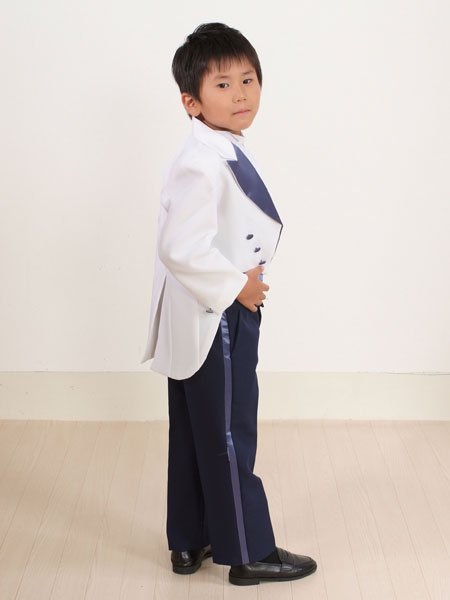 男の子フォーマルタキシードレンタル(P-3)110/5歳 白・紺
