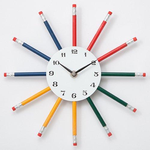 壁掛時計 色えんぴつ