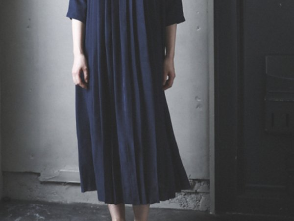 humoresque plated dress/navy