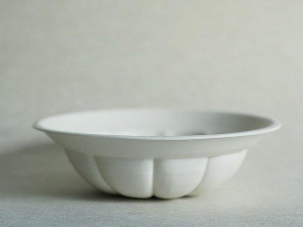 照井 壮 乳白釉花鉢