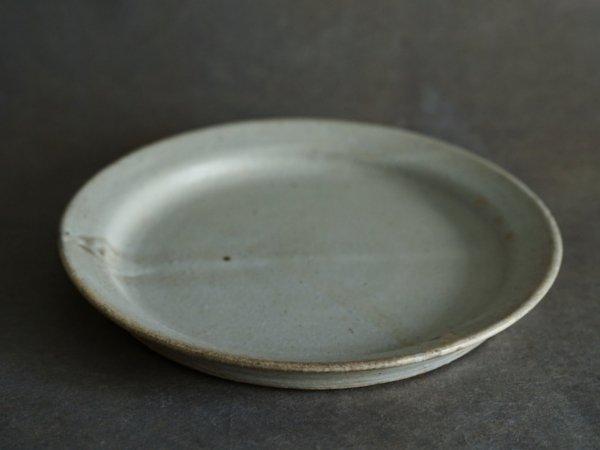 遠藤 素子 8寸リムプレート 粉引