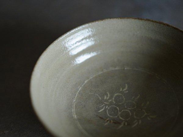 長戸 裕夢 青瓷象嵌4寸鉢