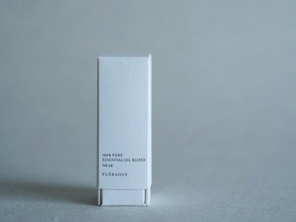 FLŌRAOUS 100% pure essential oil blend  NO.08