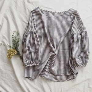Stripe gathered sleeve Blouse*Ladies