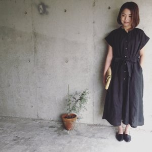 linen gathered onepiece *Ladies*black