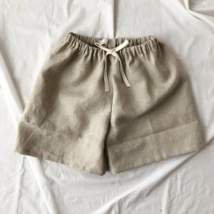 Natural linen short pants