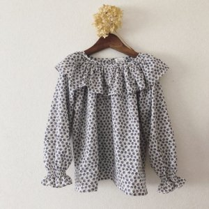 Big frill Blouse*lion blossom blue