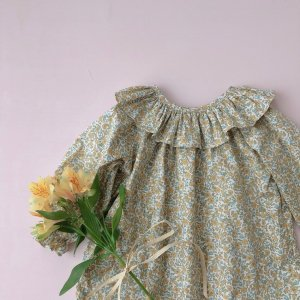 flower print big frill Blouse