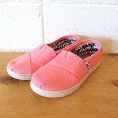 TOMS  Pink Canvas Youth Classics