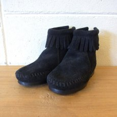BACK ZIPPER BOOTS / BLACK