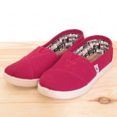 TOMS Red Canvas Youth Classics
