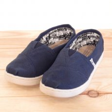 TOMS  Navy Canvas Youth Classics