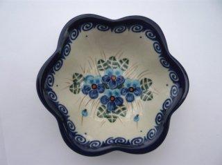 ポーランド食器(ポーリッシュポタリー)花型ボウル 『ラインダンス』