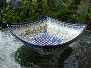 ポーランド食器(ポーリッシュポタリー)角型ボウル 『ガーデンパーティー』