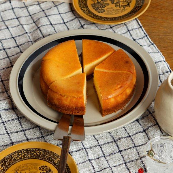 ベイクドチーズケーキ(ホール)