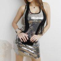 シルバーのスパンコールを前面にあしらった煌びやかなボディコン風セクシードレス(SEXYDRESS)