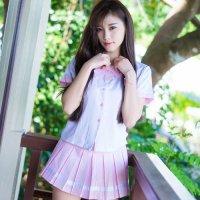 ピンク×ホワイトのキュートなバイカラーの制服風セクシーコスプレ(SEXYCOSPLAY)
