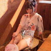 【歳末SALE☆全品10%OFF】淡く描かれた花柄が可憐でシフォン素材の透け感が色気のある浴衣風コスプレ(COSPLAY) ホワイト