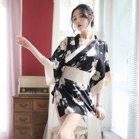 【歳末SALE☆全品10%OFF】艶やかなサテンが大人の気品溢れる色っぽさを感じさせる浴衣風コスプレ(COSPLAY) ブラック