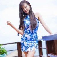【只今決算SALE開催中!】色鮮やかな花柄プリントの生地を使用したチャイナ風セクシードレス(チャイナドレス・CHINADRESS) 花柄(ブルー×ホワイト)
