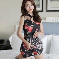鮮やかな花柄が美しく素肌の上に着用できるパッド入りのチャイナドレス風セクシードレス(SEXYDRESS) ブラック