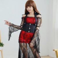 蜘蛛の巣柄のストレッチレースを使用したロングドレスが妖しげな色気を演出する魔女風コスプレ(COSPLAY)