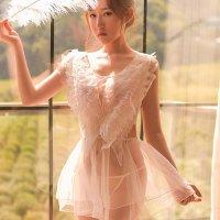 【サマーフェスタ☆全品10%OFF!】フロントに大きな羽の刺繍が付いたベビードール(BABYDOLL) ホワイト