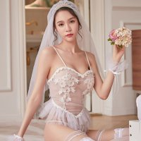 【歳末SALE☆全品15%OFF】高級感のあるチュールが本格的なウエディングドレス風コスプレ(COSPLAY) ホワイト