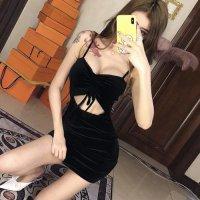 【ホワイトデー☆フェア 第1弾】なめらかな手触りで高級感のあるベロアがラグジュアリーなドレス(SEXYDRESS) ブラック