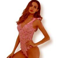 ざっくり編みと刺繍のフラワーレース1枚で仕立てたレーシーなセクシーテディ(SEXYTEDDY) ピンク