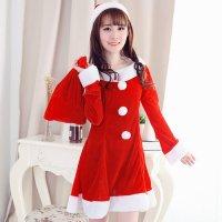 ポンポンボタンが愛らしいクリスマスカラーのサンタガール風セクシーコスプレ(SEXYCOSPLAY)