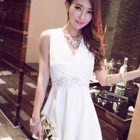 【春分フェア☆第2弾】レーシーなバックスタイルが軽やかなAラインのドレス(SEXYDRESS) ホワイト